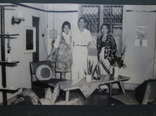 keluarga Ichsan Mashuri (ki-ka; Mami, Mbah Kakung, Mbah Putri)