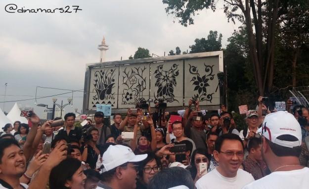 Gubernur DKI Jakarta, Koh Ahok meresmikan Taman Pandang Istana, dengan tujuan sebagai tempat penyaluran aspirasi warga Jakarta. (foto: dok.pribadi)