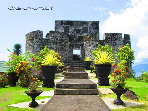 Benteng Tolukko peninggalan tentara Portugis yang datang ke Ternate, didirikan tahun 1540. (foto: dok.pri)