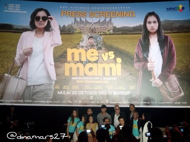 Acara press conference Me vs Mami setelah penayangan perdana film ini pada hari Sabtu, 8 Oktober 2016. (foto: dok.pri)