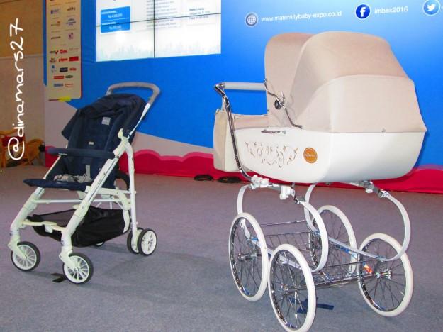 Dua baby stroller dari Inglesina yang berhasil dilelang pada acara IMBEX 2016 hari kedua. (foto: dokpri)