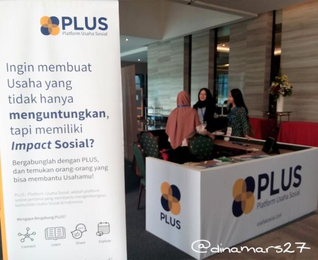 turut hadir juga booth UsahaSosial.com, sebuah platform online berisi database para social entrepreneur di Indonesia. (foto: dok.pri)