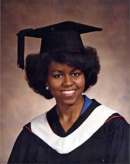 Michelle Robinson Obama adalah doktor lulusan Harvard Law School yang kerap memperjuangkan hak kaum minoritas, terutama Afro-Amerika. (foto sumber: The New York Times)