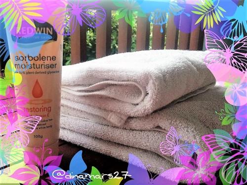 Gunakan Sorbolene sehabis mandi atau pada saat berjemur di bawah sinar matahari. (foto: dokpri)