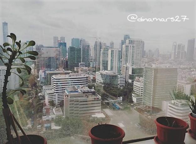 Saya kembali ke Jakarta tahun 2015, dan melihat Jakarta yang sudah banyak berubah. Di samping perubahan fisik, Jakarta juga semakin dinamis dengan berbagai kegiatan kopdar para blogger. (foto: dokpri)